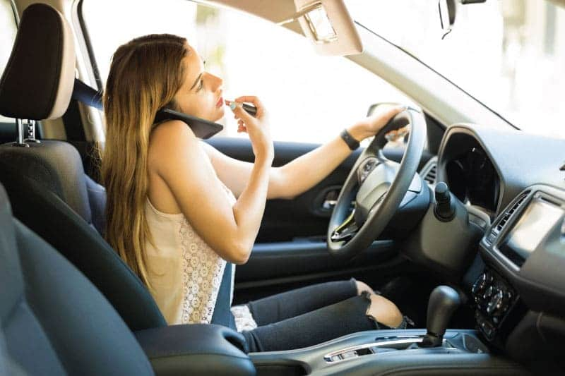 6-Bad-Habits-to-Avoid-when-Driving-Safe-0