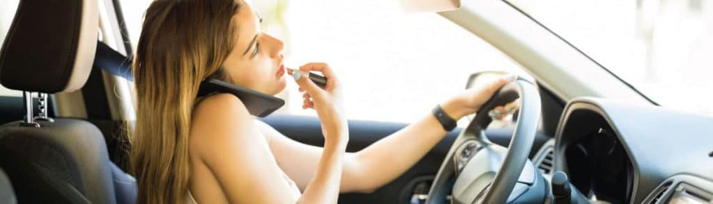 6-Bad-Habits-to-Avoid-when-Driving-Safe-1